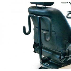 Rollatorhouder voor de Drive Scootmobielen monteert u eenvoudig aan uw scootmobiel zodat u uw rollator gemakkelijk kunt meenemen.