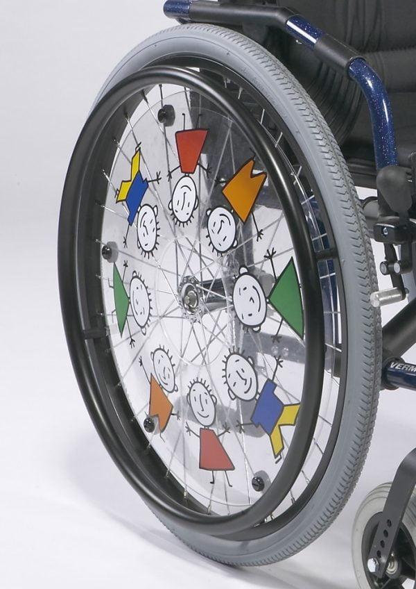 Kinderrolstoel Vermeiren met vrolijke wielen 708 merk Vermeiren