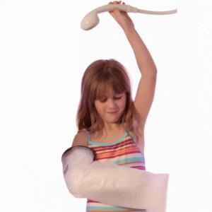 Limbo gipshoes kinder arm 8 tot 10 jaar onder de douche