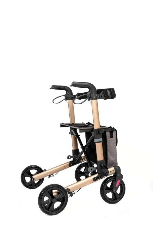 Track 4.0 merk wheelz-ahead lichtgewicht rollator dubbel inklapbaar kleur champagne zijkant schuin
